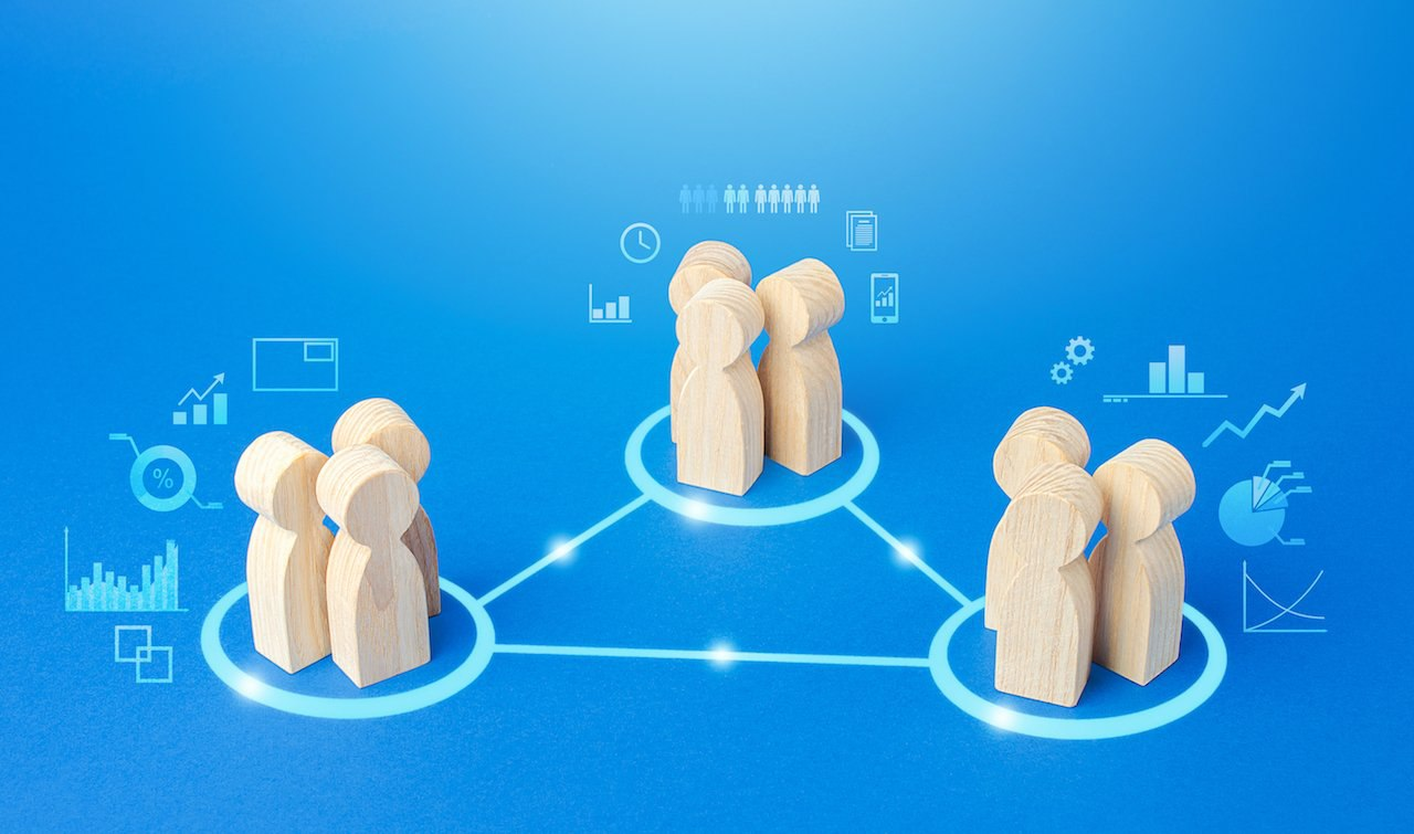 Knowledge Sharing: 5 Strategies to Share Knowledge In the Workplace